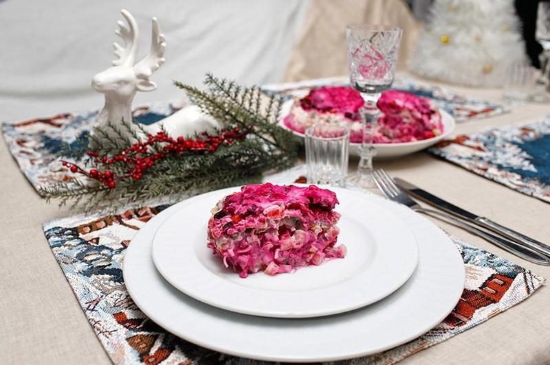 Độc lạ món ăn truyền thống đêm Noel ở các nước trên thế giới - ảnh 5