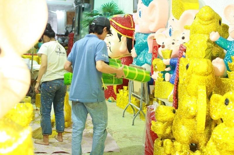 Chuột xốp khổng lồ giá hàng chục triệu trưng bán tết - ảnh 6