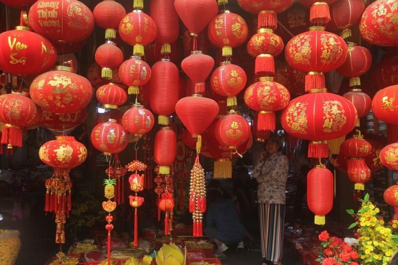 Con đường sực nức mùi tết ở Sài Gòn - ảnh 4