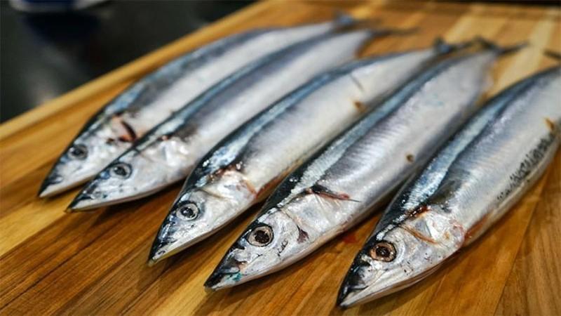 Mẹo phân biệt cá tươi đông lạnh và cá ươn? - ảnh 2