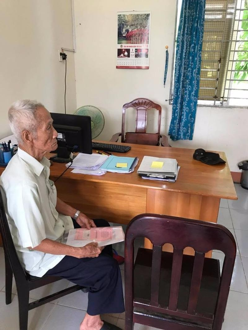 Cha ông Huỳnh Văn Nén nộp đơn ra tòa - ảnh 1