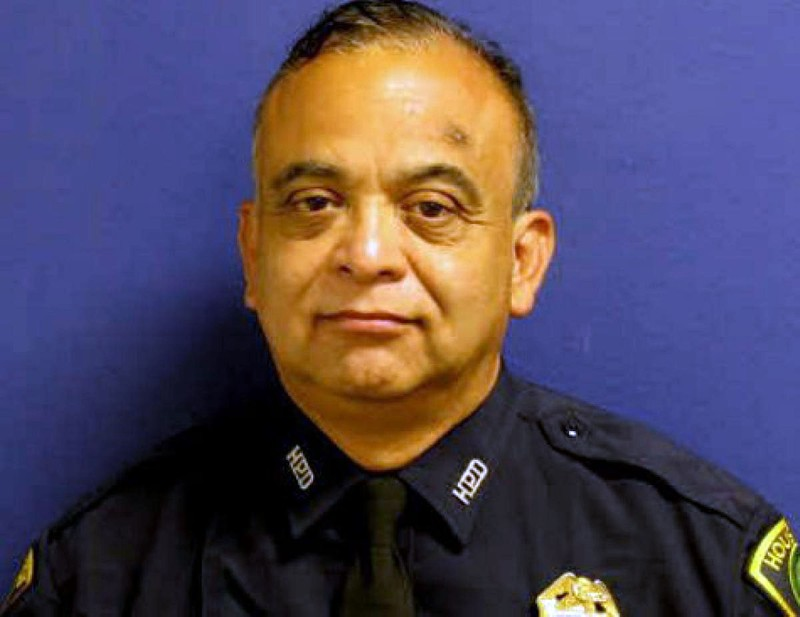 Trung sĩ cảnh sát Mỹ tử nạn trong siêu bão Harvey - ảnh 1