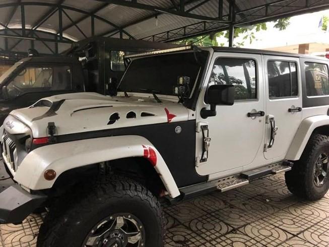 Báo cáo vụ 'phù phép đấu giá xe jeep khủng' của Mỹ - ảnh 1