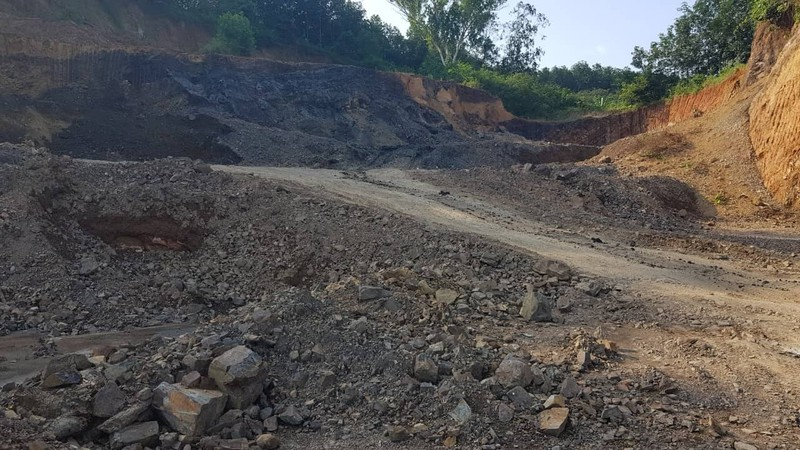 Cựu phó công an huyện bị phạt vì khai thác khoáng sản  - ảnh 2