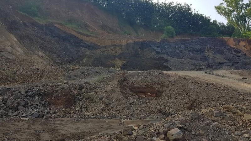 Cựu phó công an huyện bị phạt vì khai thác khoáng sản  - ảnh 3