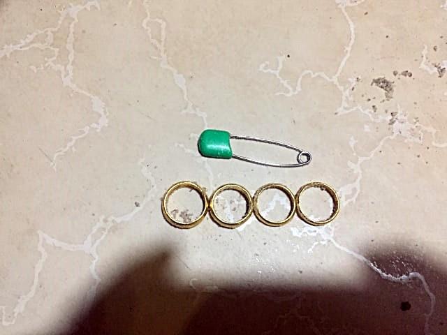 Phát hiện thi thể nữ giới có túi bọc nhẫn vàng trôi trên biển  - ảnh 2