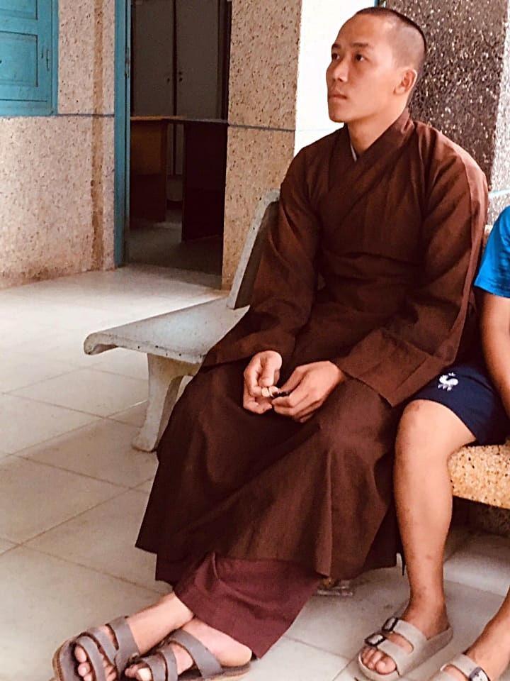 Khởi tố kẻ tu hành đánh đập bé trai 11 tuổi ở Bình Thuận - ảnh 1