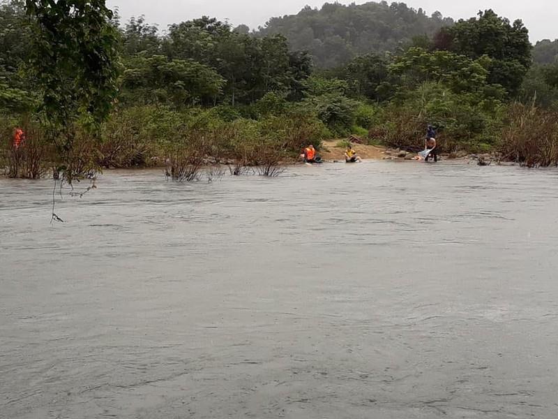 Tìm thấy thi thể thanh niên dũng cảm cứu bạn giữa dòng nước dữ - ảnh 3