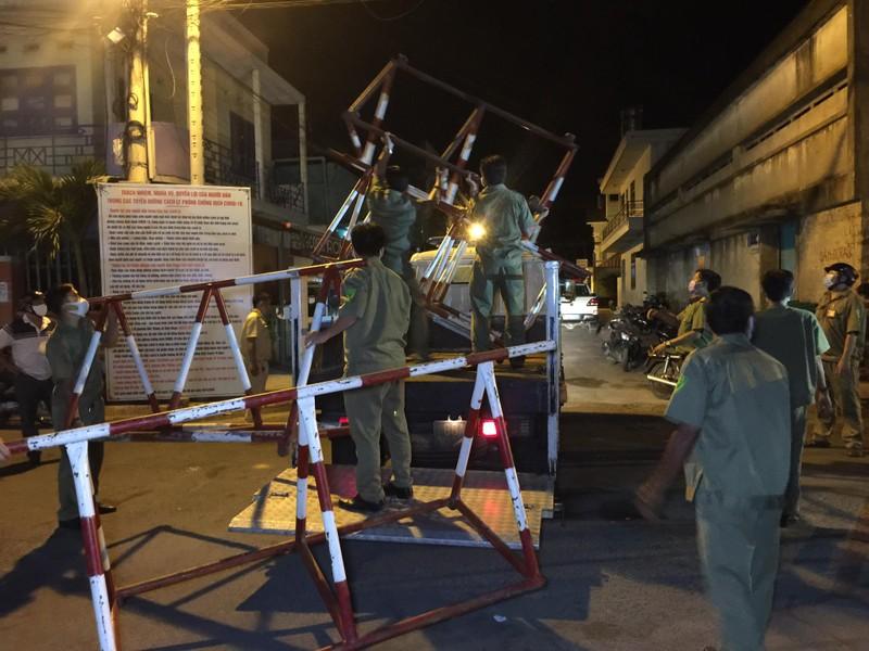 Gỡ bỏ cách ly cho 26 hộ gia đình ở thành phố Phan Thiết - ảnh 3