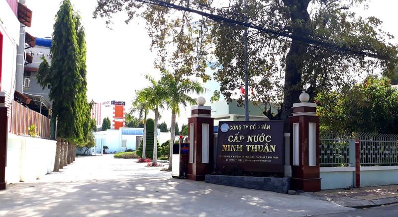 Khởi tố vụ án đưa nhận hối lộ tại Công ty Cấp nước Ninh Thuận  - ảnh 1