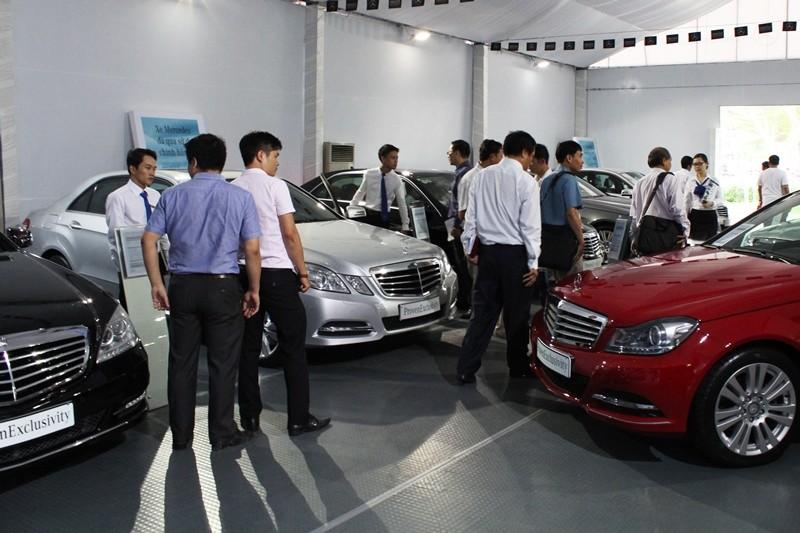 Không mua mới 14 ô tô để dồn tiền chống dịch COVID-19 - ảnh 1