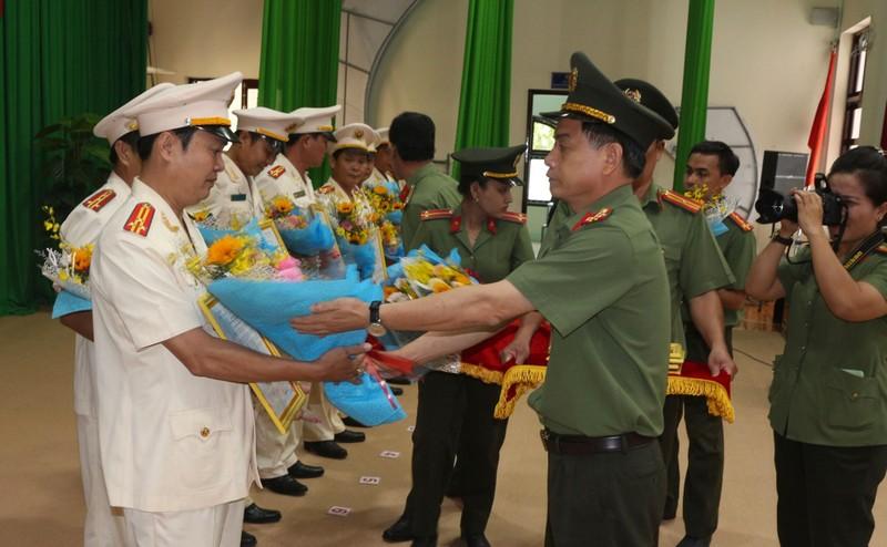 Điều động, bổ nhiệm nhiều vị trí mới ở Công an Bình Thuận - ảnh 2