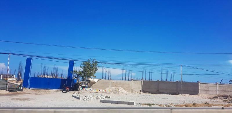 Xử phạt công trình 'khủng' xây dựng trái phép tại Vĩnh Tân - ảnh 1