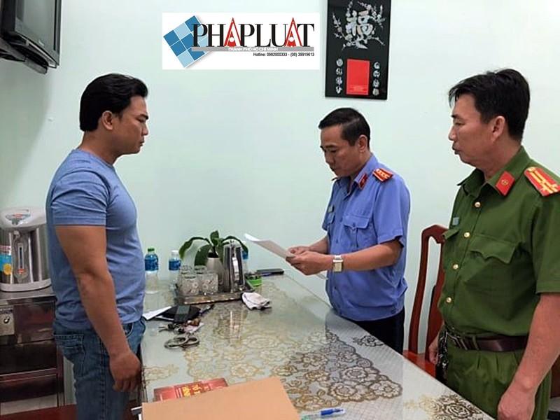 Đại úy công an cho bị can thuê điện thoại bị truy tố - ảnh 1