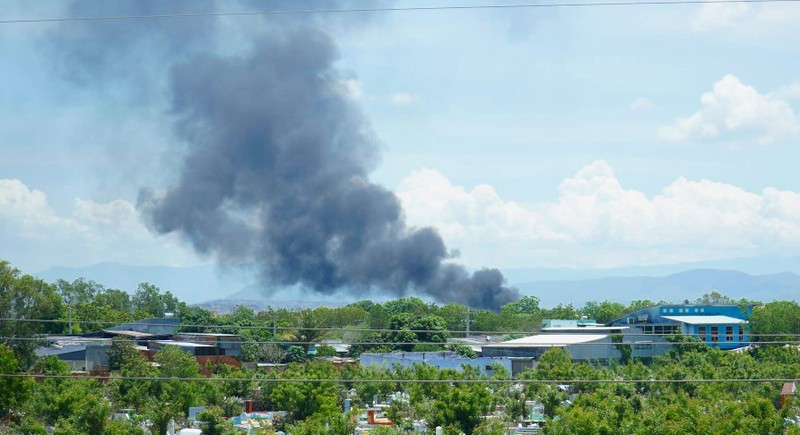 Cháy khu vực tiếp nhiên liệu sân bay quân sự Thành Sơn - ảnh 1
