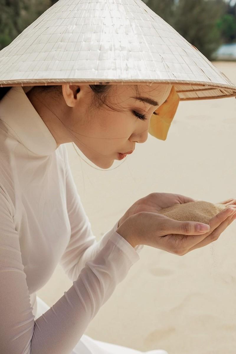 Cô gái trồng thanh long tham dự cuộc thi hoa hậu quốc tế - ảnh 6