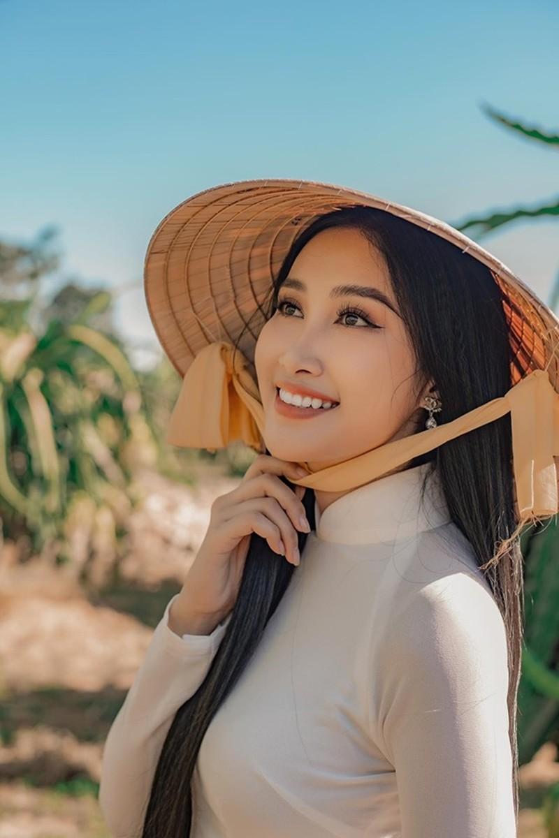 Cô gái trồng thanh long tham dự cuộc thi hoa hậu quốc tế - ảnh 15