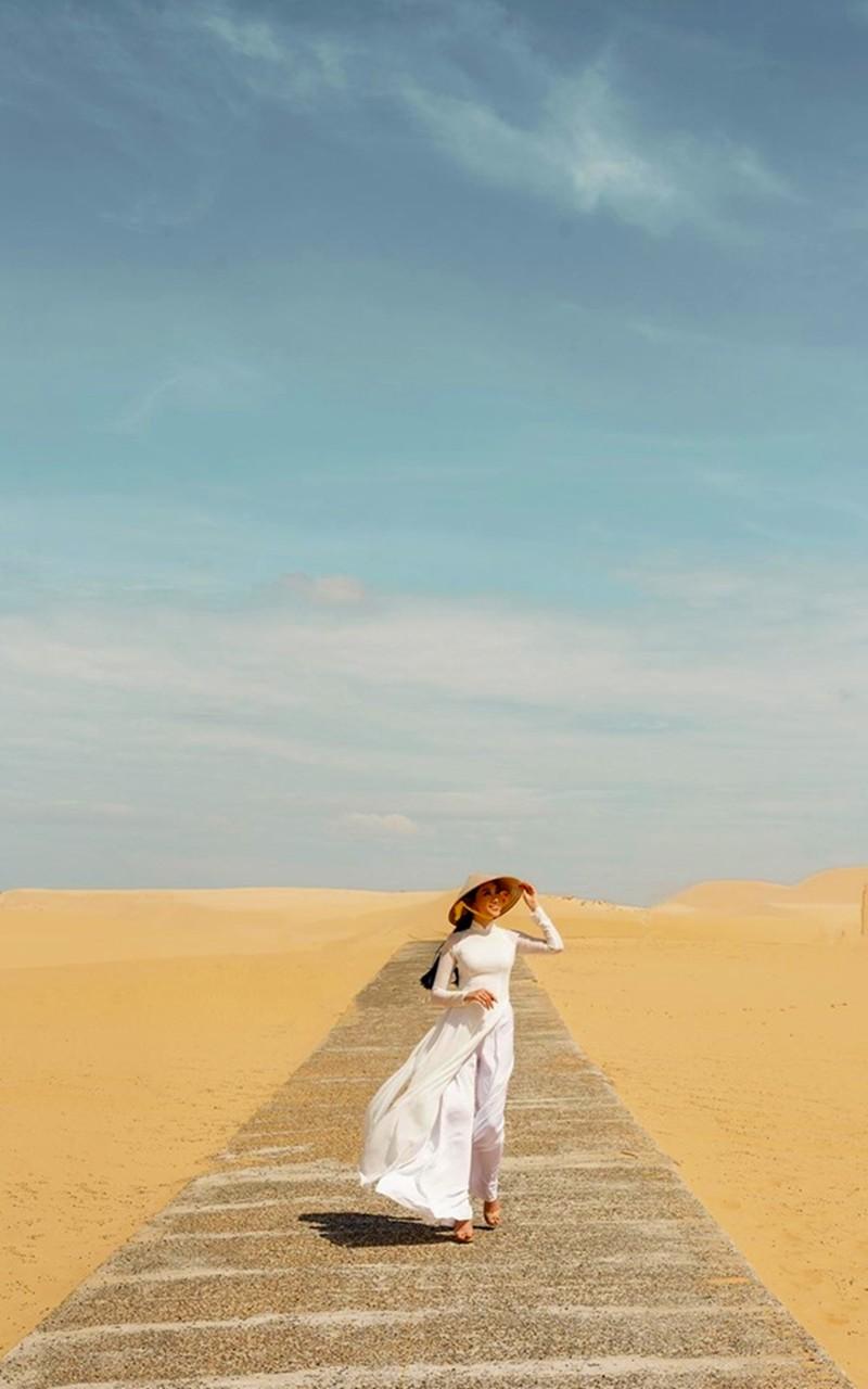 Cô gái trồng thanh long tham dự cuộc thi hoa hậu quốc tế - ảnh 8