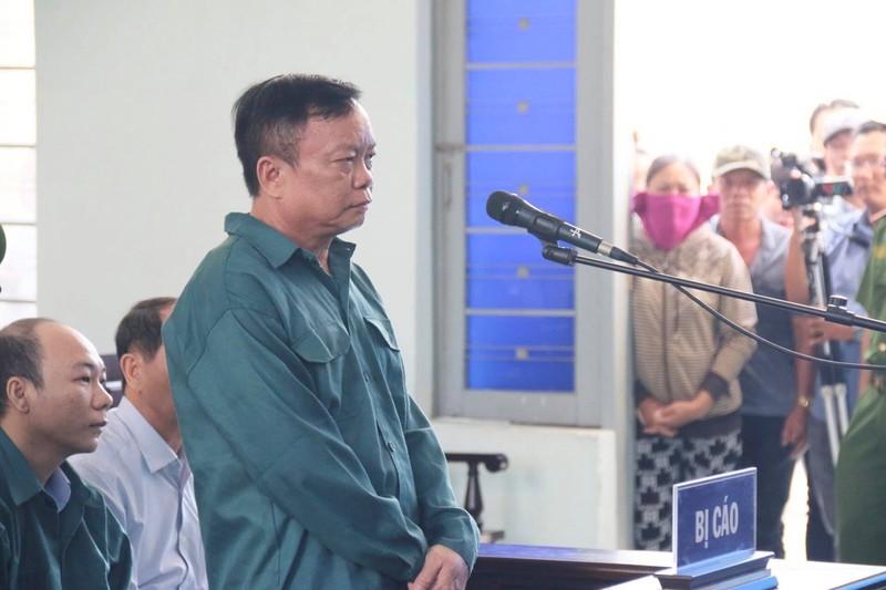 Cựu chủ tịch, phó chủ tịch Phan Thiết đối diện án tù - ảnh 4