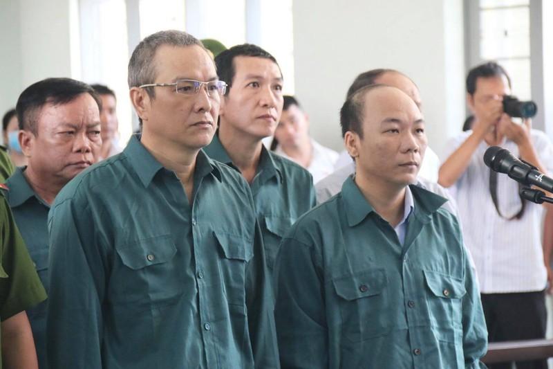 Cựu chủ tịch, phó chủ tịch Phan Thiết đối diện án tù - ảnh 2