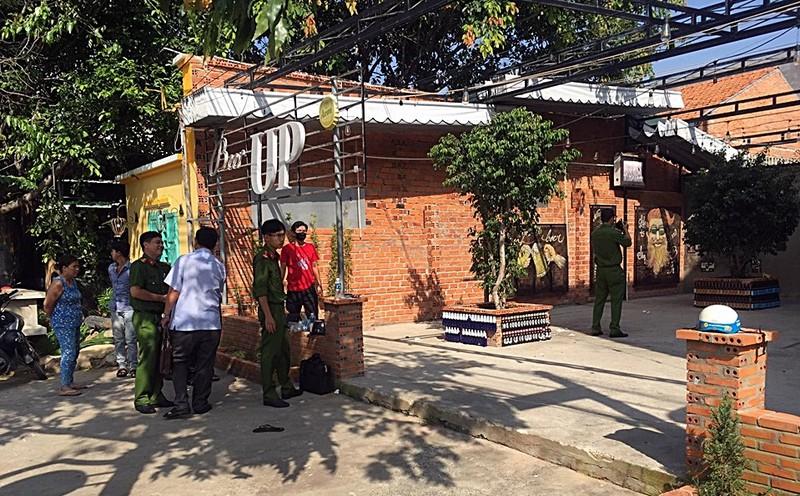 Hỗn chiến trong quán nhậu, 1 người chết 5 người bị thương - ảnh 1