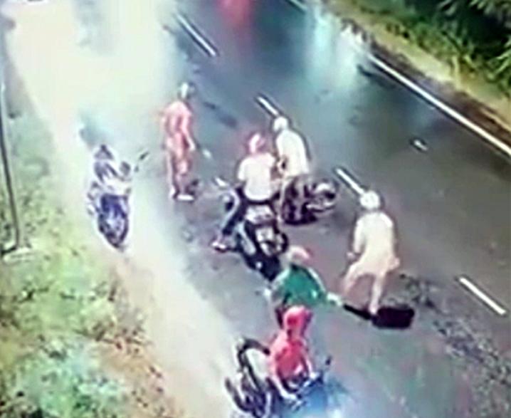 Thanh niên bị 4 người truy sát ở đường ven biển tại Bình Thuận - ảnh 1