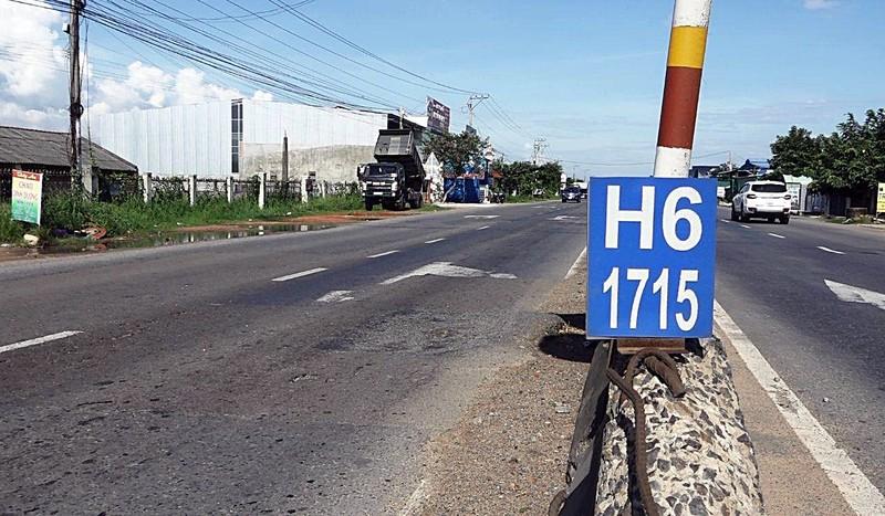 Người dân sống cạnh QL1 kêu cứu Bộ GTVT vì tai nạn - ảnh 1