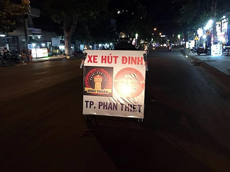 Nhóm 'hiệp sĩ' ra mắt xe hút đinh tại TP Phan Thiết - ảnh 2