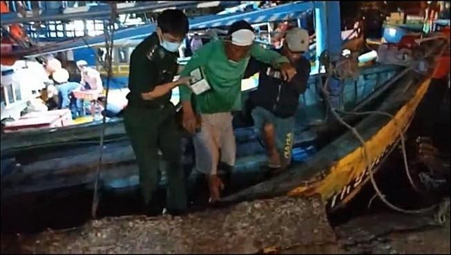 Tìm thấy nạn nhân thứ 4 vụ chìm tàu 5 người chết và mất tích - ảnh 2