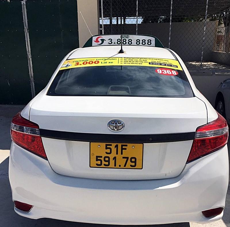 CSGT Bình Thuận phát hiện lái xe taxi sử dụng ma túy - ảnh 1