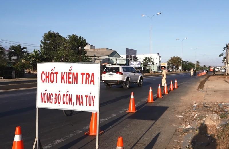 CSGT Bình Thuận công khai 3 tổ tuần tra 69 km trên quốc lộ 1A - ảnh 2