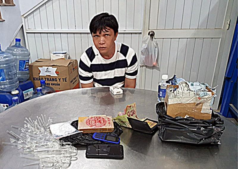 Thuê ô tô chở heroin về Bình Thuận - ảnh 1