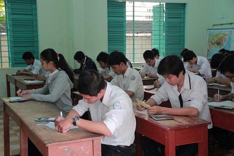 Bình Thuận tạm dừng thi thử tốt nghiệp THPT năm 2021 - ảnh 1