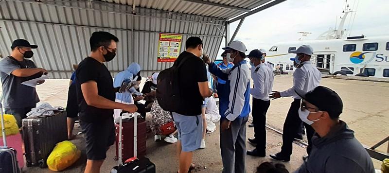 Bình Thuận các quầy hàng ăn uống trong chợ ngưng bán tại chỗ - ảnh 1