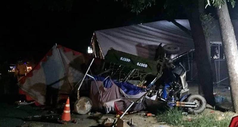 Cả gia đình 5 người về quê bằng xe ba gác gặp tai nạn thương tâm - ảnh 1