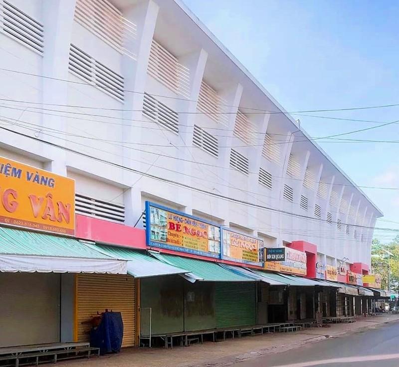 Bình Thuận: Phong tỏa một con hẻm ở Phan Thiết có nhiều ca nghi nhiễm COVID-19 - ảnh 2