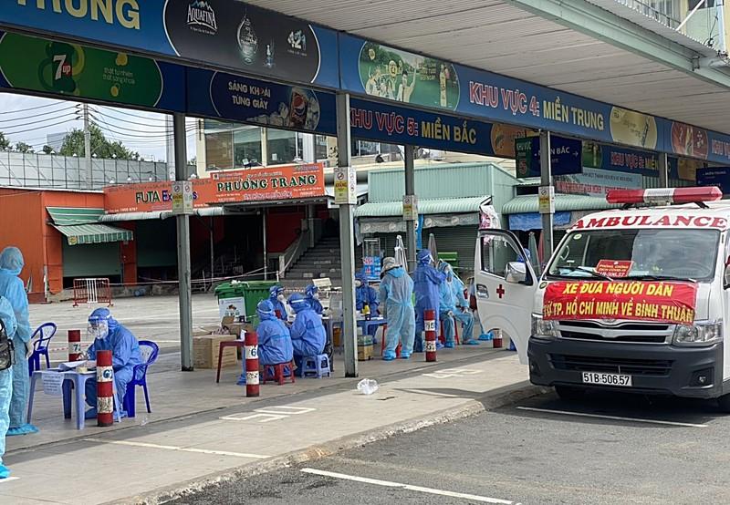 Người đã tiêm 2 liều vaccine về Bình Thuận được tự theo dõi sức khỏe tại nhà - ảnh 1