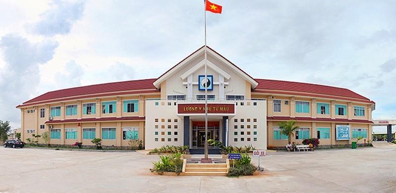 Bí thư Bình Thuận trực tiếp đối thoại với bác sĩ bị cách chức trưởng khoa - ảnh 1