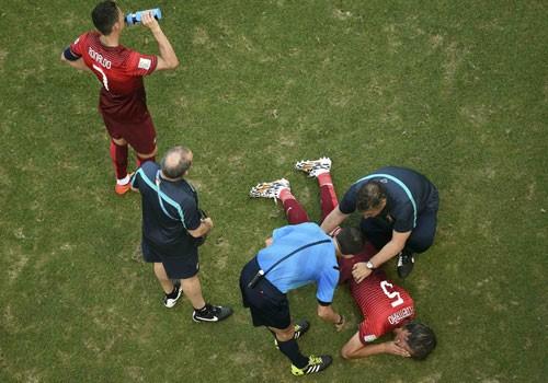 Ronaldo-v-Coentrao-9778-1403057078.jpg