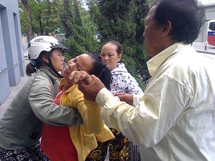 Công bố nguyên nhân vụ trẻ tử vong, người nhà vây bệnh viện - ảnh 2
