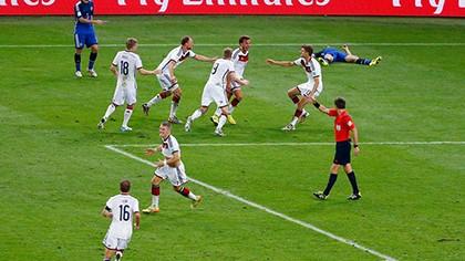 Nhìn lại diễn biến trận chung kết kinh điển giữa Đức và Argentina - ảnh 20