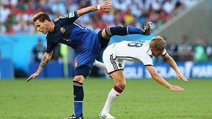 Nhìn lại diễn biến trận chung kết kinh điển giữa Đức và Argentina - ảnh 3