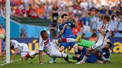 Nhìn lại diễn biến trận chung kết kinh điển giữa Đức và Argentina - ảnh 7
