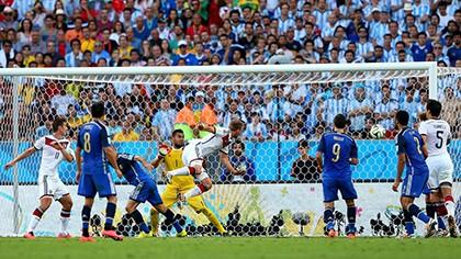 Nhìn lại diễn biến trận chung kết kinh điển giữa Đức và Argentina - ảnh 8