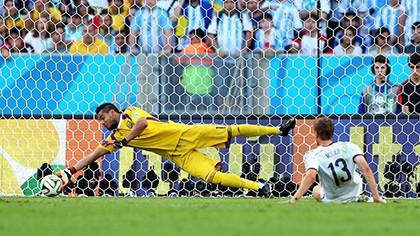 Nhìn lại diễn biến trận chung kết kinh điển giữa Đức và Argentina - ảnh 10