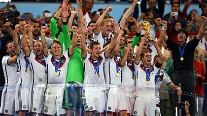 Khoảnh khắc đăng quang đầy cảm xúc của nhà vô địch thế giới Đức - ảnh 16