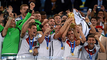 Khoảnh khắc đăng quang đầy cảm xúc của nhà vô địch thế giới Đức - ảnh 11