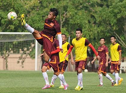 Việt Nam 3-0 Lào: Mở toang cửa vào bán kết - ảnh 19
