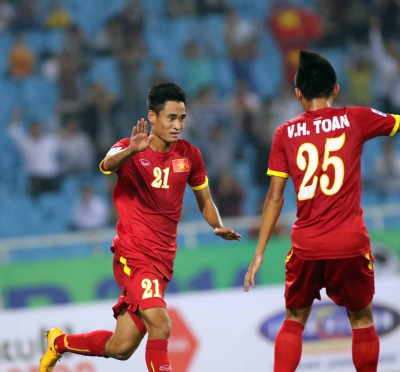 Việt Nam 3-0 Lào: Mở toang cửa vào bán kết - ảnh 5