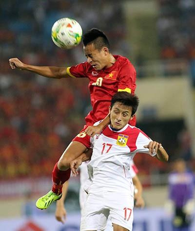 Việt Nam 3-0 Lào: Mở toang cửa vào bán kết - ảnh 1